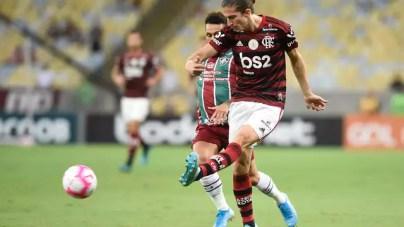 Filipe Luís voltou jogar após lesão sofrida contra o Grêmio