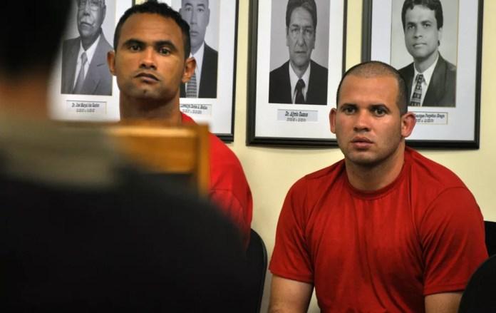 Bruno e Macarrão no segundo dia de júri popular ocorrido em 2012 (Foto: Vagner Antonio/Tribunal de Justiça de Minas Gerais)