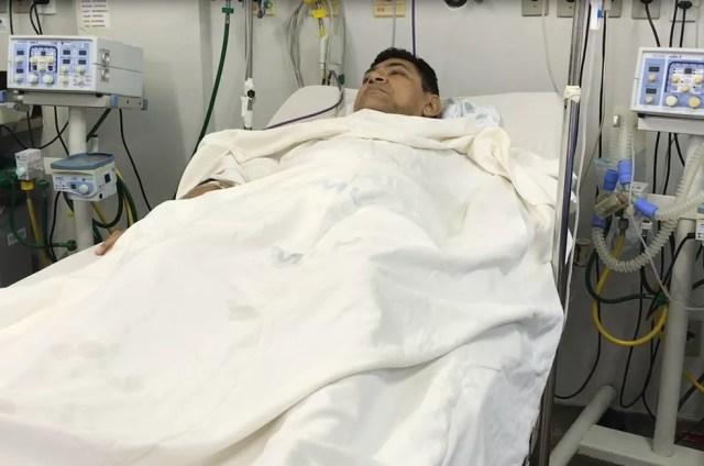 Antônio Rogério Peixoto Neto, secretário de Saúde de Paraú, se recupera de cirurgia (Foto: Kleber Teixeira/Inter TV Cabugi)