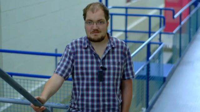 Agora Tim sabe mais sobre sua doença (Foto: BBC)