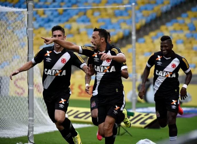 Nenê comemora gol Vasco x Atlético-PR (Foto: André Durão / GloboEsporte.com)