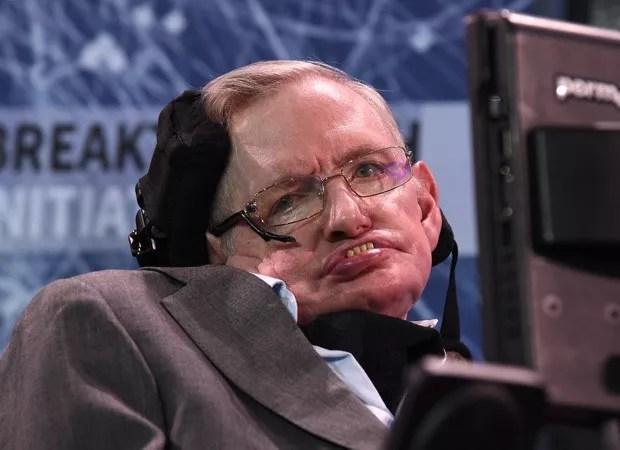 O físico Stephen Hawking, de 76 anos, sofria de esclerose lateral amiotrófica (ELA) desde os 21 anos (Foto: Getty Images)