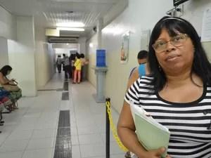 Maria aguarda receber o benefício (Foto: Marina Fontenele/G1)