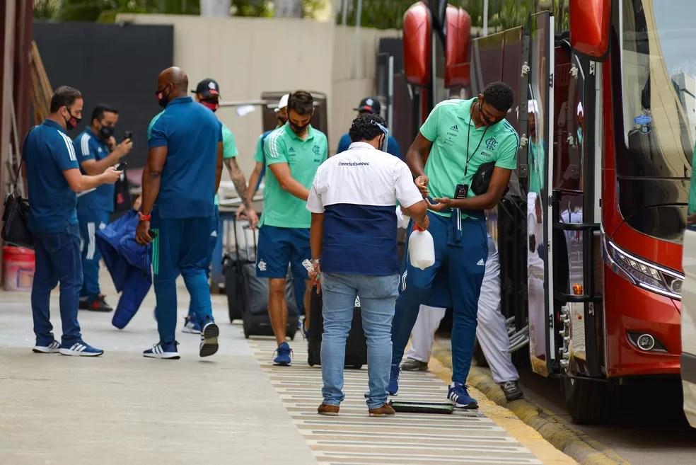 Flamengo em Guayaqui — Foto: EFE/Marcos Pin