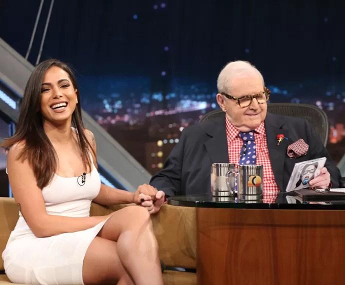 Anitta se diverte durante entrevista com Jô Soares no Programa do Jô (Foto: Carol Caminha/Gshow)