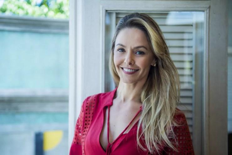 Além do corpo, cuidados com a pele garentem a jovialidade da atriz (Foto: Raquel Cunha/Globo)