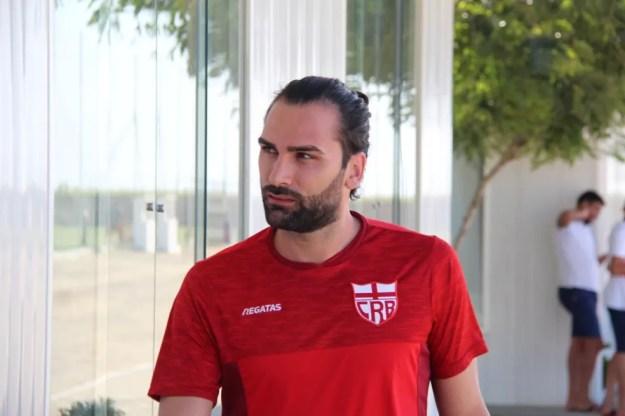 Léo Gamalho tem vínculo com o CRB até o fim de novembro — Foto: Denison Roma/GloboEsporte.com