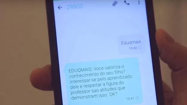 Dois brasileiros estão usando o celular para melhorar a política