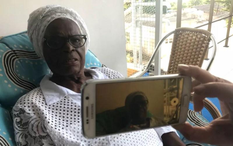 Mãe Stella lançou canal no YouTube — Foto: Alan Tiago Alves/G1