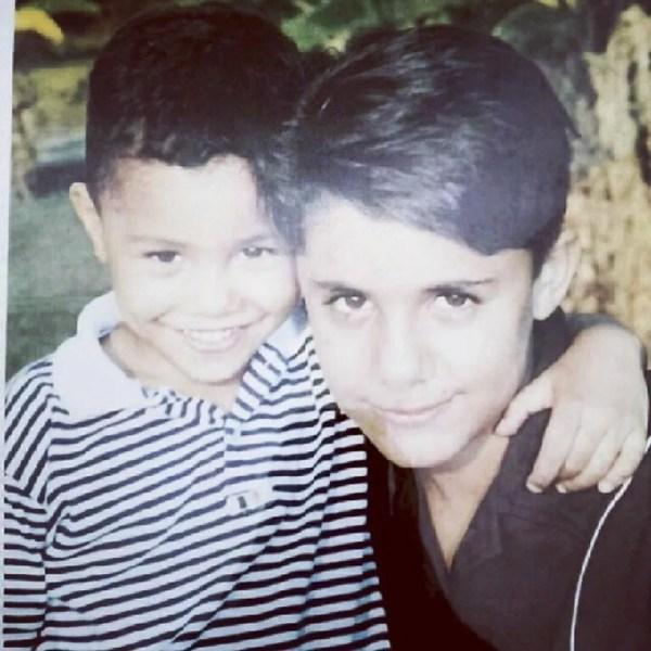 Felipe e Cristiano Araújo quando crianças — Foto: Reprodução/Instagram