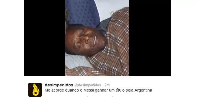 Zoações na web - argentina vice - Pelé