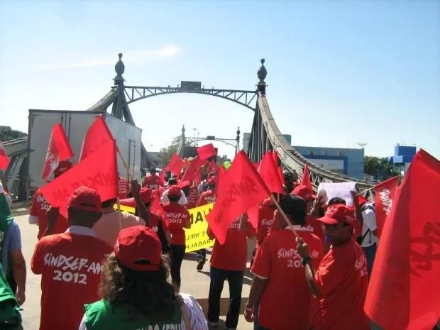 Movimento percorreu a Avenida Sete de Setembro (Foto: Reprodução/Sindsep)