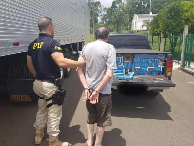 Homem foi preso na BR-282 em Joaçaba — Foto: PRF/Divulgação