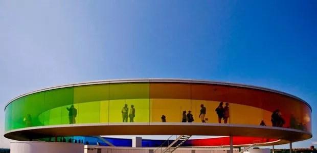 Os 10 prédios mais coloridos do mundo (Foto: reprodução)