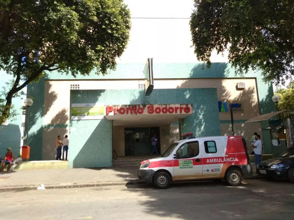 Feridos foram encaminhados para o hospital de Valadares (Foto: Zana Ferreira/G1)