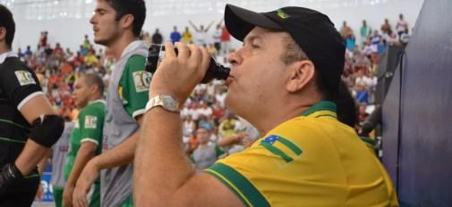 Técnico Wilson Mendonça esteve em todas as decisões e venceu 10  (Foto: João Áquila)