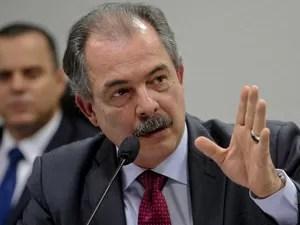 O ministro Aloizio Mercadante durante audiência no Congresso (Foto: Wilson Dias / Agência Brasil)