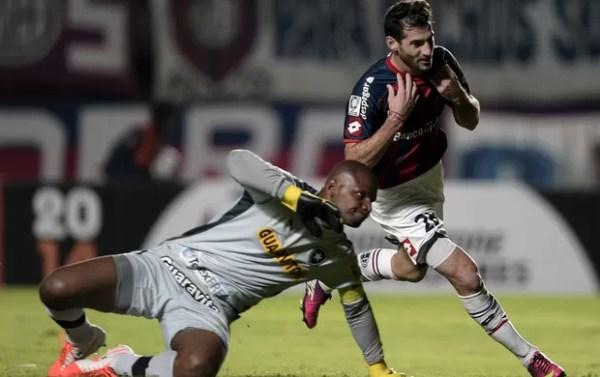 San Lorenzo x Botafogo (Foto: AFP)