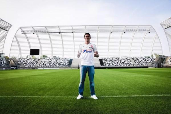 Paulo Henrique Ganso na época da apresentação ao Amiens — Foto: Reprodução / Twitter