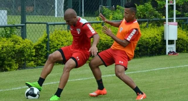 Caramelo e Rogério ganharão uma oportunidade na partida deste sábado (Foto: Erico Leonan / site oficial do SPFC)
