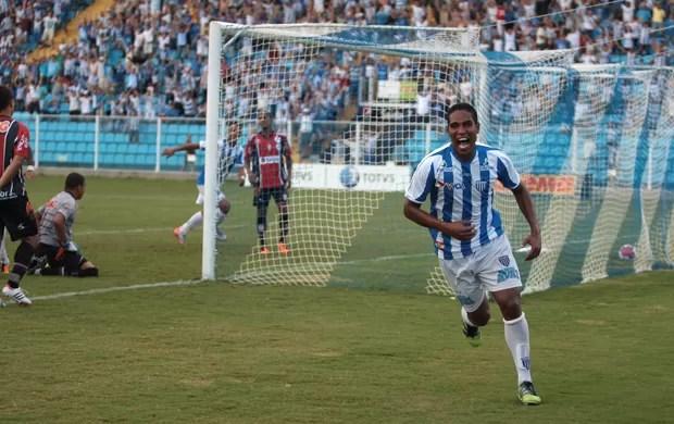 Cleber Santana gol Avaí (Foto: Divulgação / Manoel Bento)