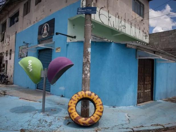 Rua leva o nome de batismo de Dinho (Foto: Fábio Tito/G1)