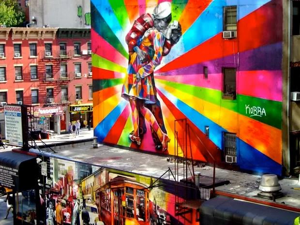 Pintura 'O Beijo', de Eduardo Kobra, em Nova York (Foto: Divulgação / Eduardo Kobra)