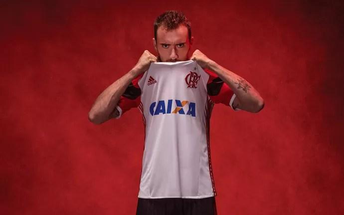 Nova camisa 2 Flamengo Mancuello (Foto: Divulgação)