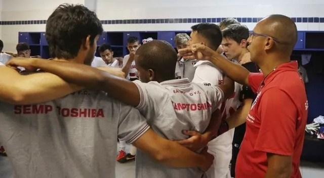 Menta, técnico do São Paulo na Copinha (Foto: Rubens Chiri/saopaulofc.net)
