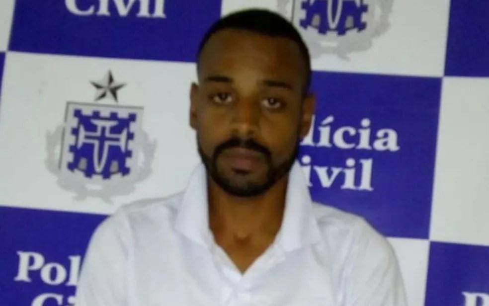 Professor de futebol foi preso por abusar sexualmente de alunos na Bahia (Foto: Divulgação/Polícia Civil)