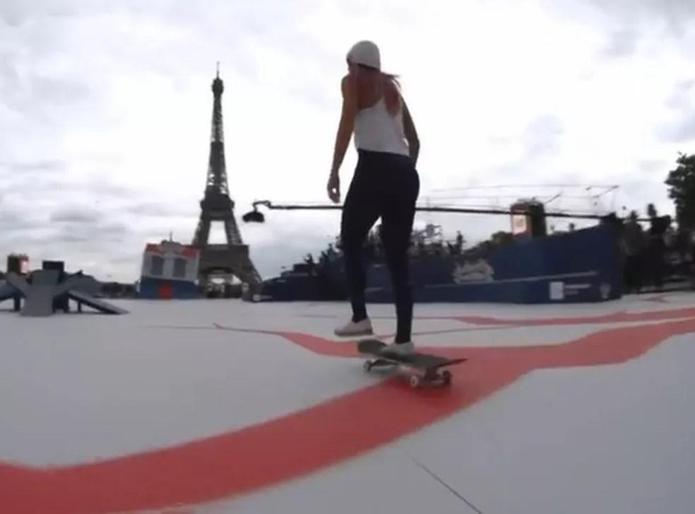 Letícia em Paris — Foto: Reprodução