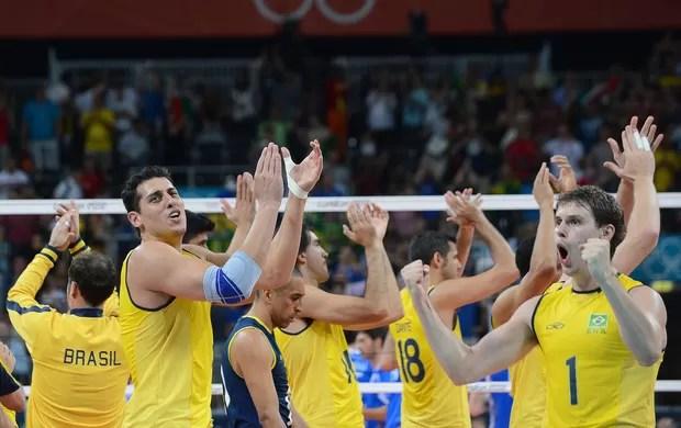 Brasil, Comemoração, Vôlei (Foto: Agência AFP)