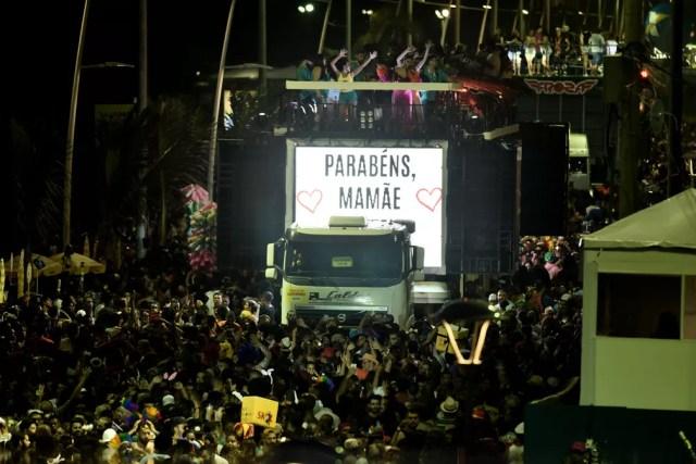 Homenagem à Ivete Sangalo no trio de Preta Gil (Foto: Max Haack/Ag Haack)
