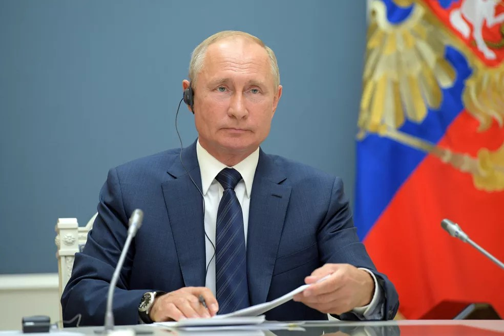 Vladimir Putin durante conferência, em 1º de julho de 2020 — Foto: Sputnik/Alexei Druzhinin/Kremlin/Via Reuters