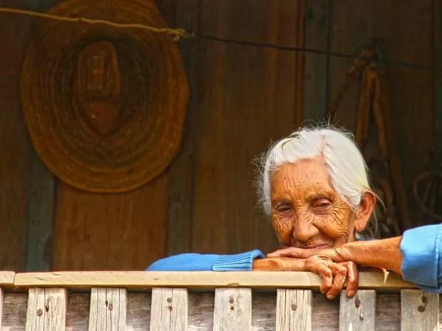 Idosa da tribo viu muitas mudanças na reserva com o passar do anos (Foto: Daniel Jaeger Vendruscolo / Arquivo pessoal)