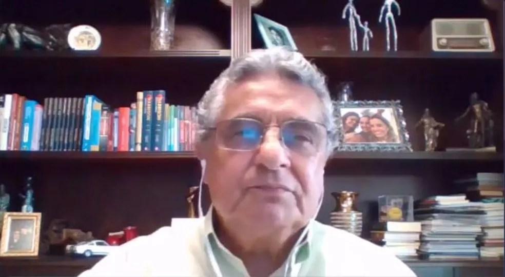 Rubens Lopes, presidente da Ferj, entende que maioria de votos é suficiente para marcar data da retomada. Flu discorda — Foto: Reprodução