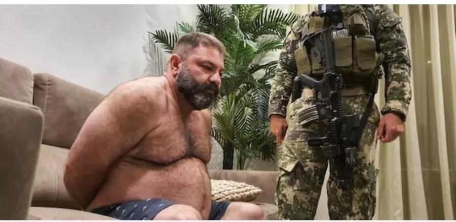 Levi foi preso em casa, em Assunção — Foto: Secretaria Nacional Antidrogas do Paraguai/Divulgação