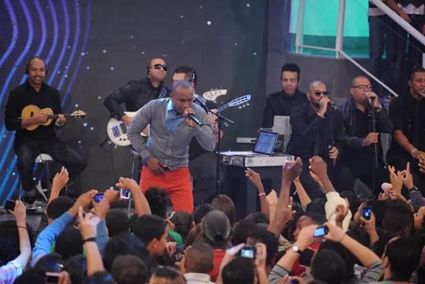 O músico cantou no programa canções de seu novo DVD  (Foto: Divulgação / Xuxa Produções)