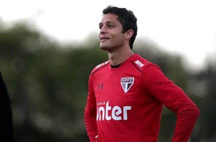 Anderson Martins está em alta no elenco do São Paulo — Foto: Rubens Chiri / saopaulofc.net