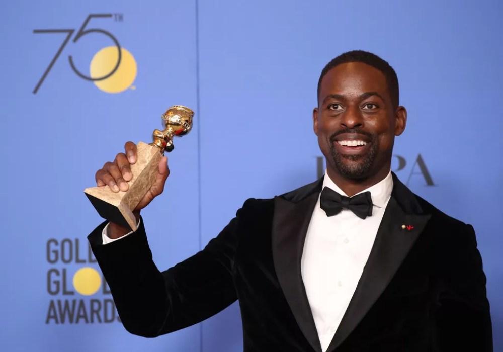 Sterling K. Brown foi o melhor ator em série de drama por 'This is us' (Foto: Lucy Nicholson/Reuters)