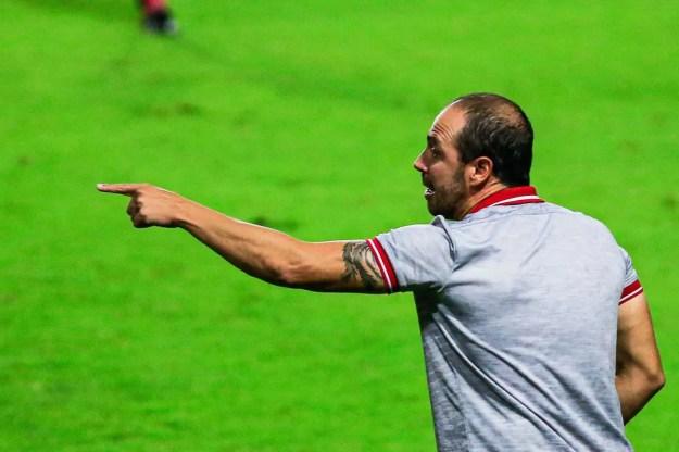 Allan Aal apontou que o time ainda tem aspectos a evoluir — Foto: Ailton Cruz/Gazeta de Alagoas