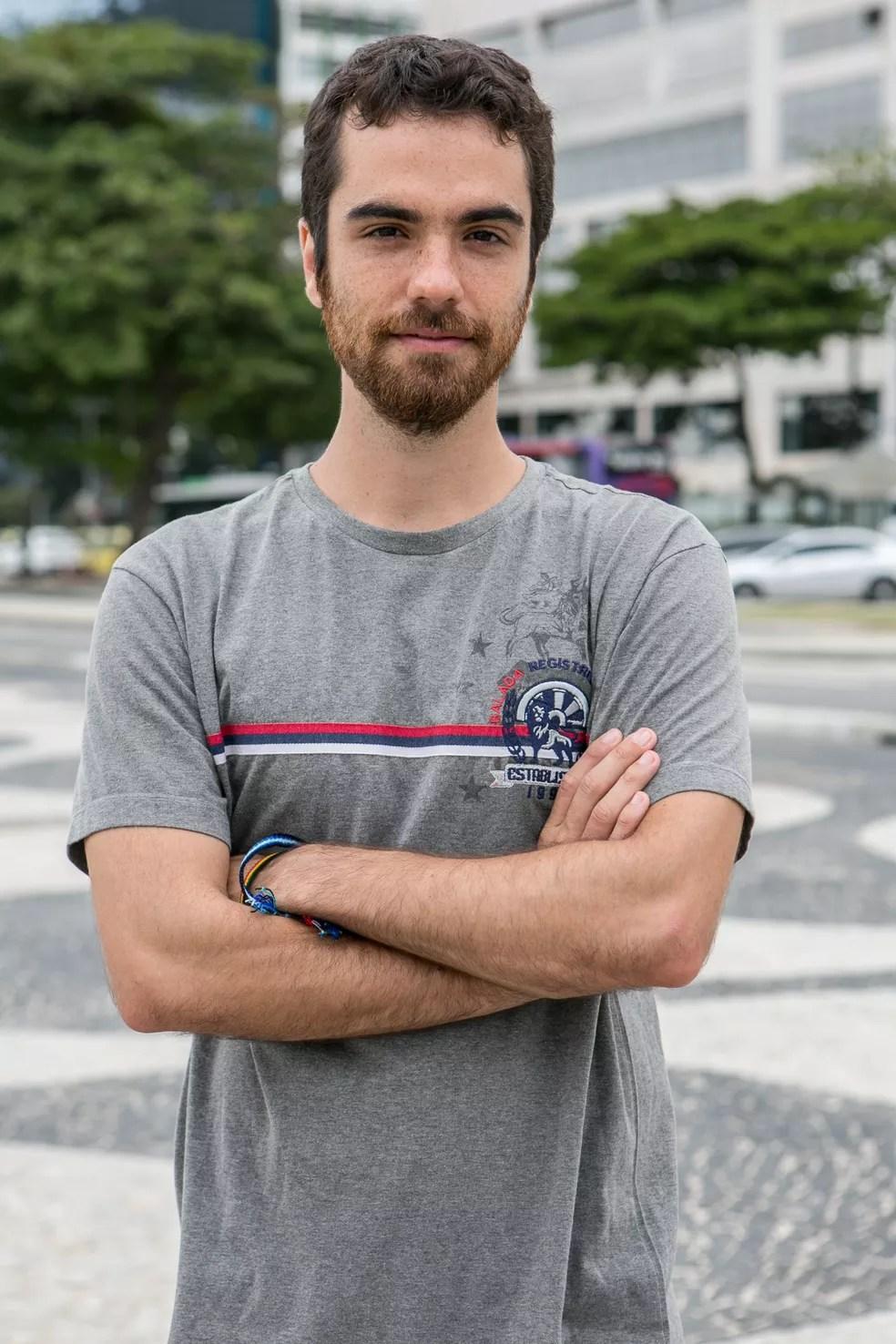 Bernardo Marinho será Wanderley, irmão de Agnaldo e vendedor de balas (Foto: Fábio Rocha/Gshow)