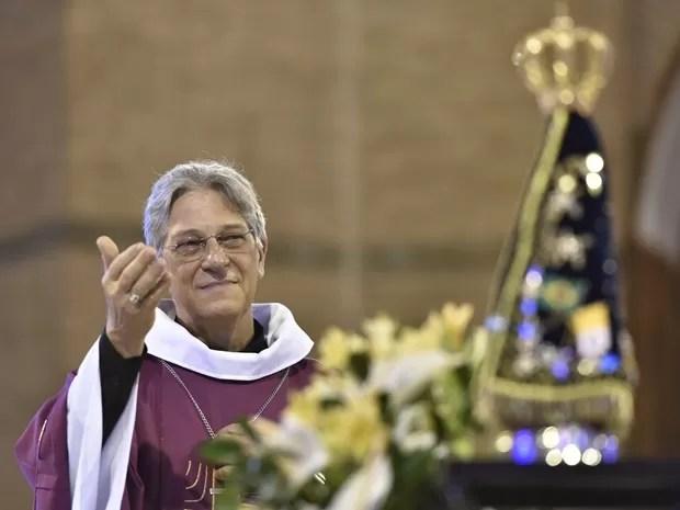 Dom Aldo recebe a Imagem Peregrina de Nossa Senhora Aparecida (Foto:  Thiago Leon/Santuário de Aparecida)