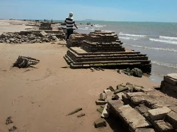 Seca coloca em evidências ruínas da antiga cidade de Casa Nova  (Foto: Silvana Leite / Arquivo Pessoal)