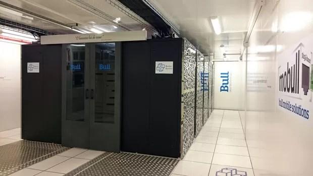 Supercomputador Santos Dumont, do Laboratório Nacional de Computação Científica, de Petrópolis (RJ). (Foto: Divulgação/LNCC)