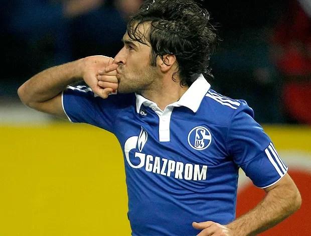 raul schalke 04 gol werder bremen (Foto: Agência Reuters)
