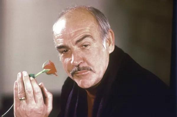 Sean Connery em 1987, quando atuou no filme O Nome da Rosa — Foto: Gerald Penny/AP