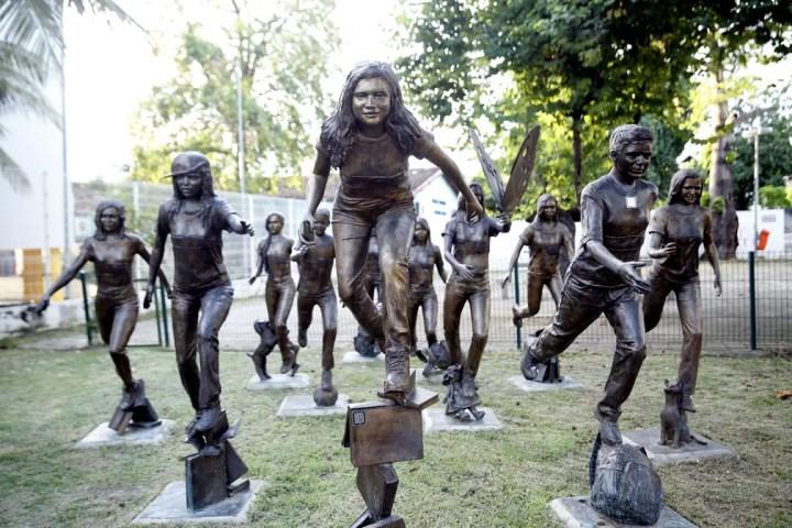 Anjos da Paz, estátuas em homenagem às vítimas do massacre de Realengo em 2011 — Foto: Marcos Serra Lima/G1