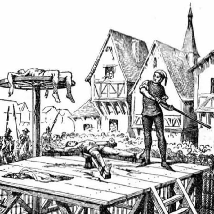 Roda da Tortura fazia com que pessoas tivessem seus membros quebrados em praça pública (Foto: Reprodução)