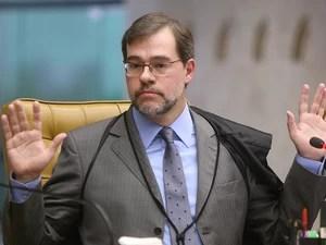 13 de setembro - Ministro Dias Toffoli profere seu voto durante sessão que julga a AP 470 no STF (Foto: Nelson Jr./SCO/STF)